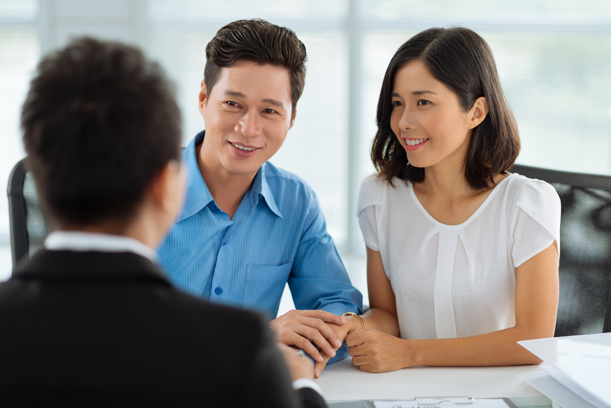 How do I become a life insurance agent in Canada?